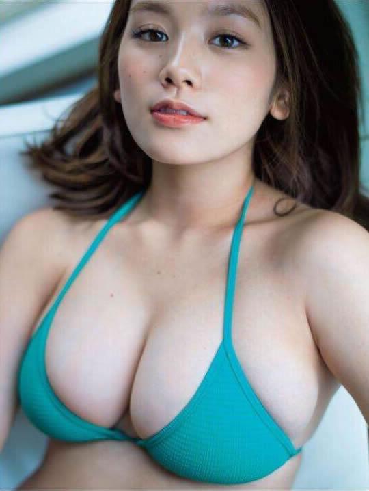 筧美和子 Eカップの爆乳・巨乳のビキニ・水着 画像