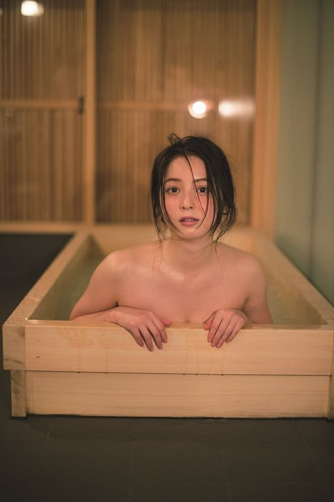 佐々木希 写真集 『かくしごと』 入浴