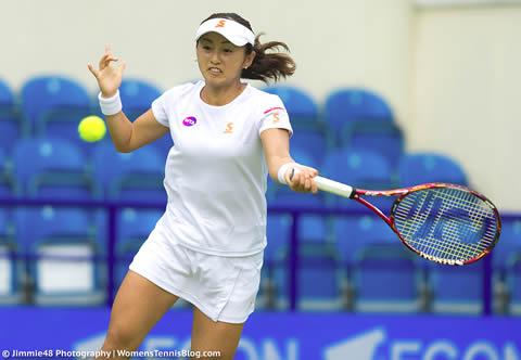 土居美咲 テニス中の美しい筋肉 画像