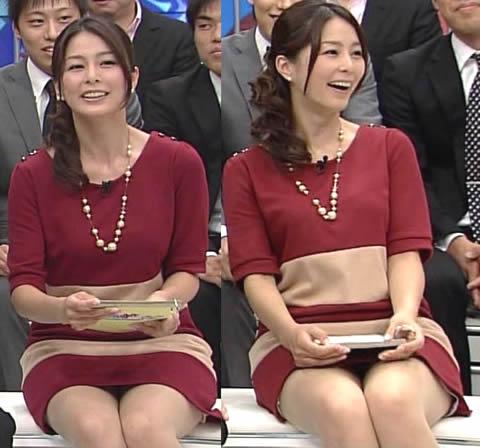 杉浦友紀 ちらっと見えそうなスカート内の画像