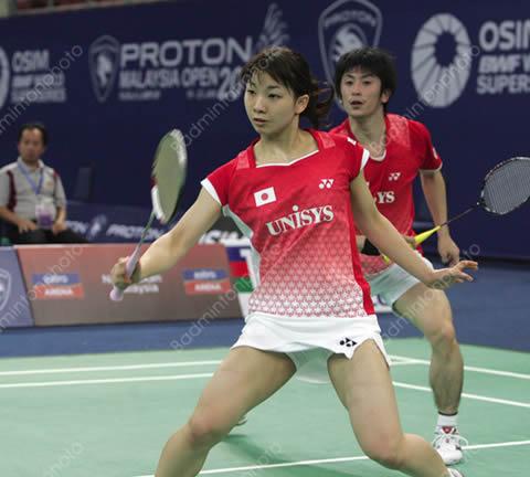 高松ペア・松友美佐紀 試合中のパンチラ ハプニング画像