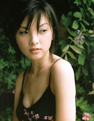 田中麗奈 かわいい水着画像