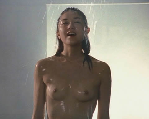 伊藤歩 映画「ふくろう」のセクシーなヘアヌ─ド