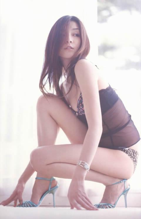 伊藤歩 セクシーな下着・シースルー画像